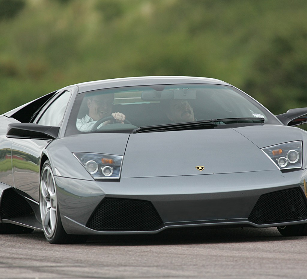 Audi Beverly Hills Service >> Want to Take a Lamborghini for a Spin? | Exotic Car Rentals