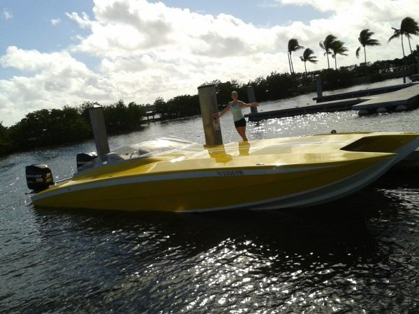 race-boat-charter-miami-ft-lauderdale-4