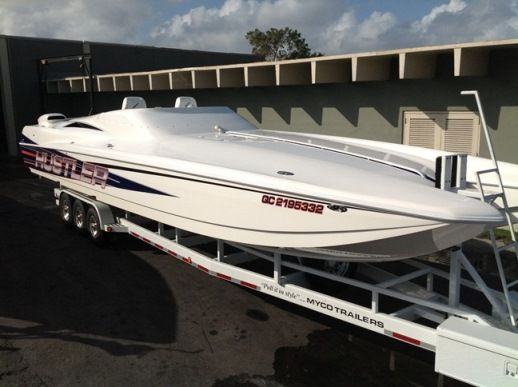 race-boat-charter-miami-ft-lauderdale