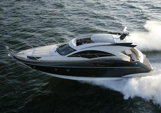 Private Charters Of A 43 39 Marquis Luxury Motor Yacht