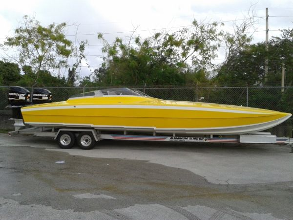 race-boat-charter-miami-ft-lauderdale-5