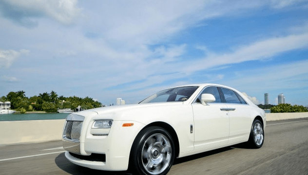 rolls-royce-ghost-white-rental