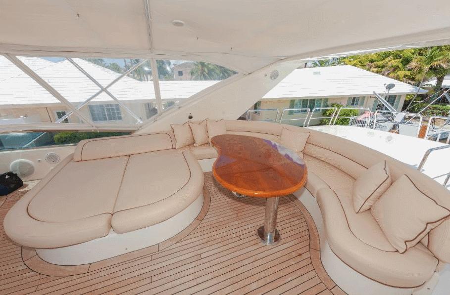 azimut-yacht-charter-9