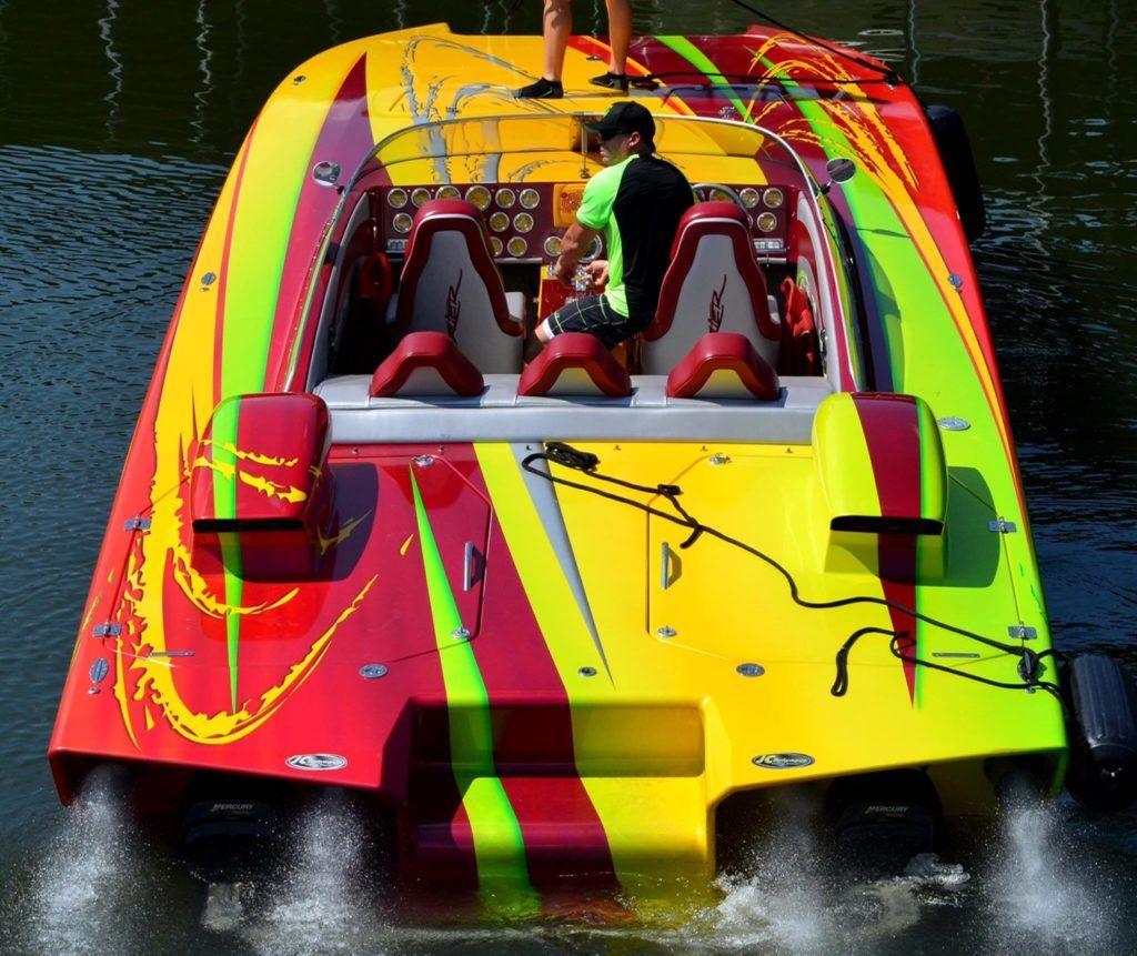 32ft-skater-cat-offshore-raceboat